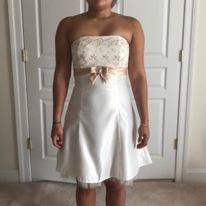 White/ivory dress with tan band